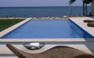 Luxuriöse, moderne Villa bei Cala Bona, direkt am Meer, für bis zu 6 Personen