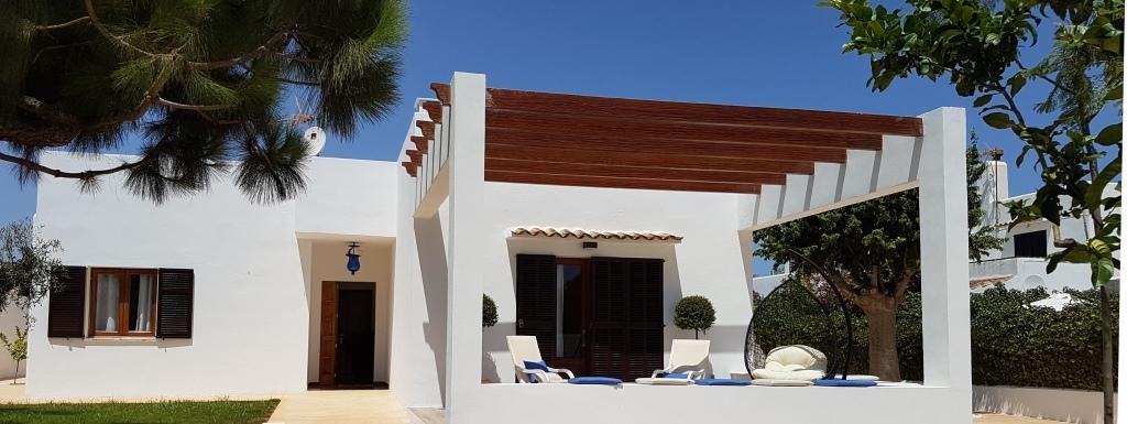 Villa Angel in Sa Coma für bis zu 6 Erwachsene und 2 Kinder, nur gerade 300 Meter vom Meer entfernt